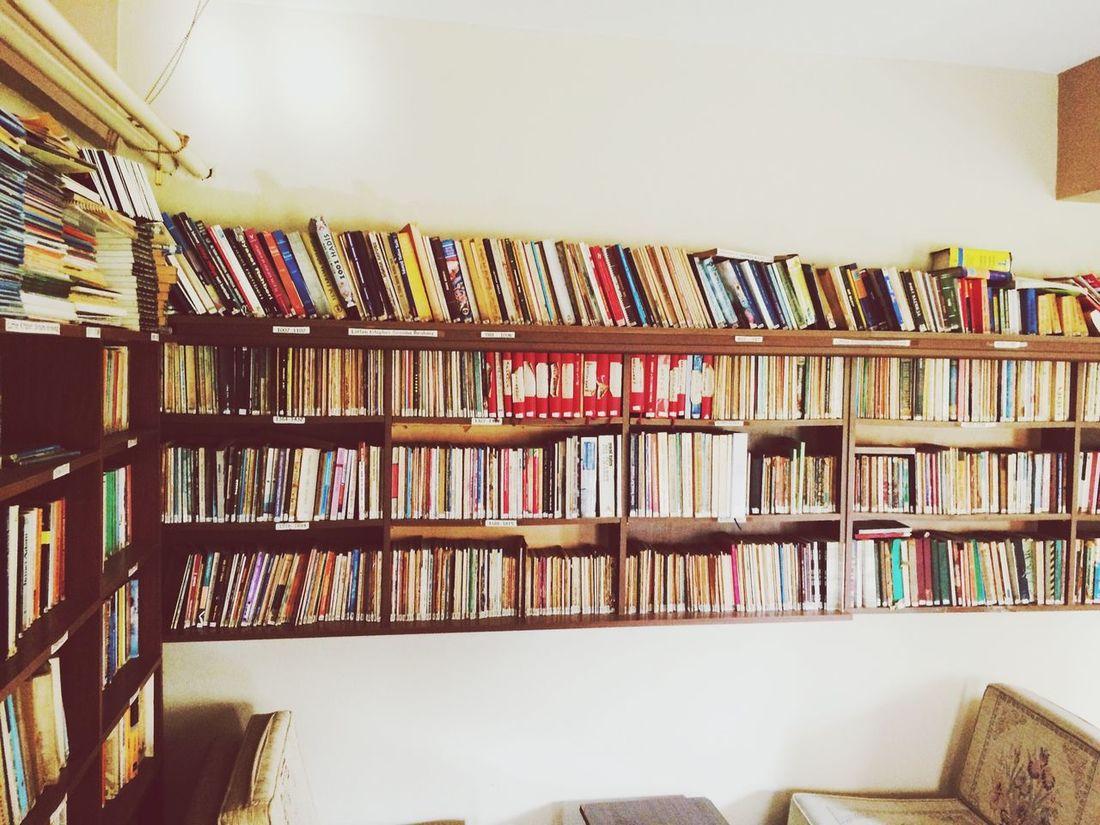 Relaxing Meeting Friends Love Instalike Hi! Taking Photos Books Enjoying Life Tagsforlikes Like