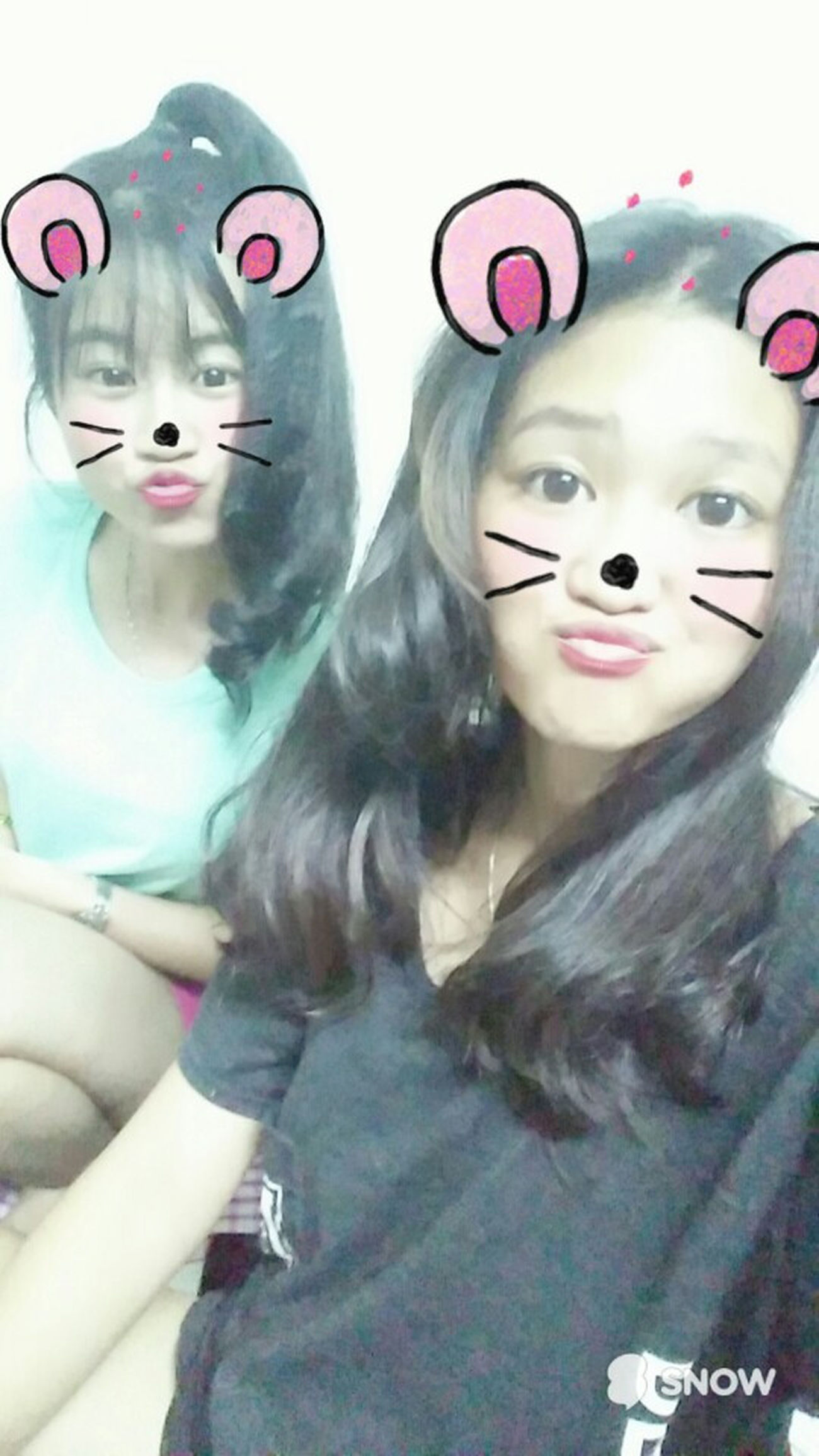 Made By Sister Girl Be Strong Girl 加油 Chaiyo Blue Eyes Glass New Hair Khitoi18 18 Piaoliang Vietnamese Hớn Ha Hớn Hở 很可爱 Selfie ✌ Snow Hihi Natural Beauty Mouse Smile Night Beautiful Cute Sister Girls