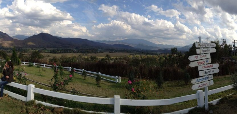 enjoying life in Pai by Nong