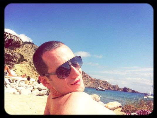 Enjoying the Sun at Cala Jondal / Es Jondal by Crisfu85