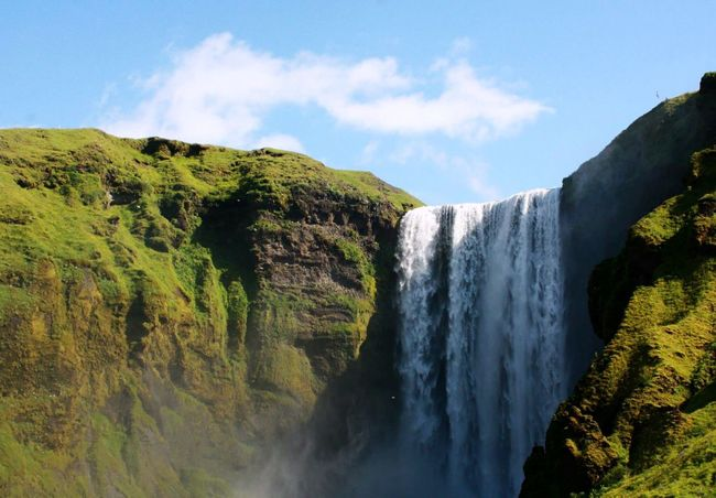 Waterfall Motion Sky Long Exposure Beauty In Nature Water Flowing Water Nature Mountain Cloud Idyllic Tranquil Scene Power In Nature Day Non-urban Scene Outdoors Islande
