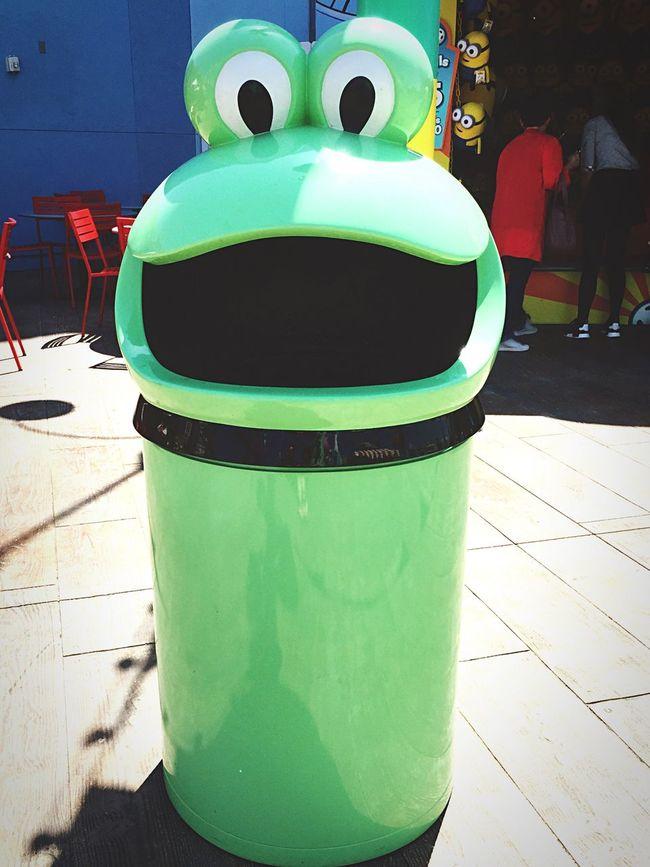 Universal Studios  Vacation California Taking Photos Walking Around Frog Garbage Can