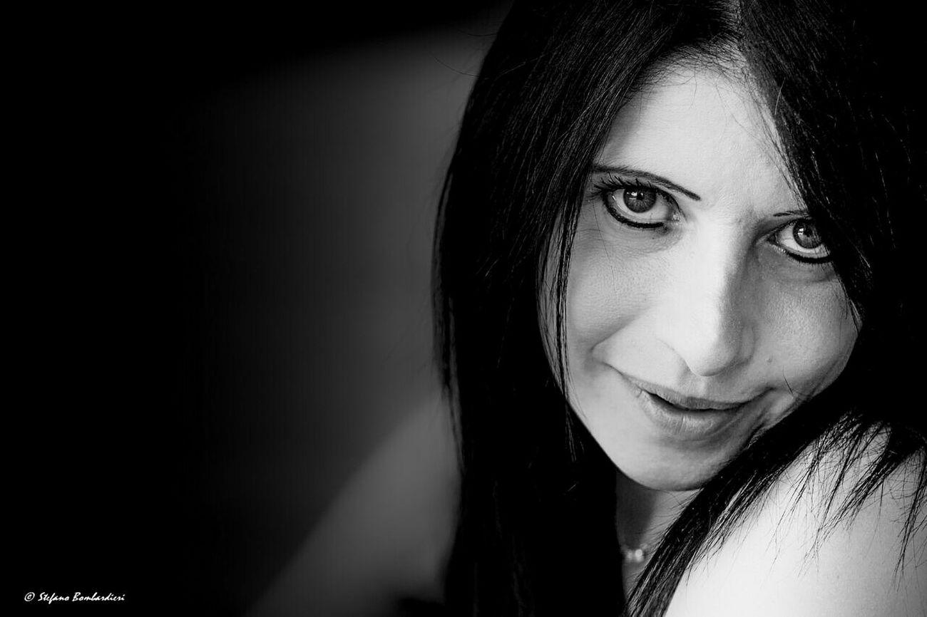 Espressioni giornaliere Taking Photos Beautiful Girl Photographer Portrait Of A Woman Blackandwhite Photography EyeEm Best Shots - Black + White Womanportrait Models FUJIFILM X-T1