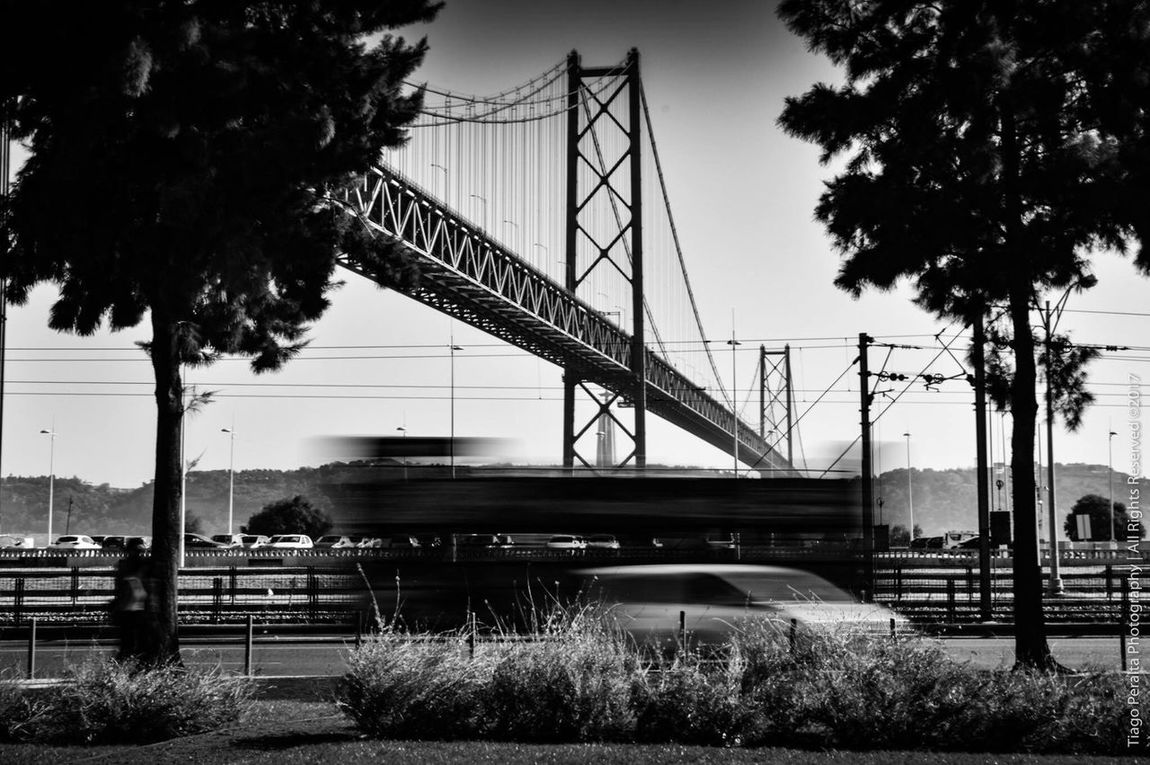 Photography 25aprilbridge Ponte25deabril Blackandwhite Bnw Photooftheday Streetphotography Tiagoperaltaphotography Tejo
