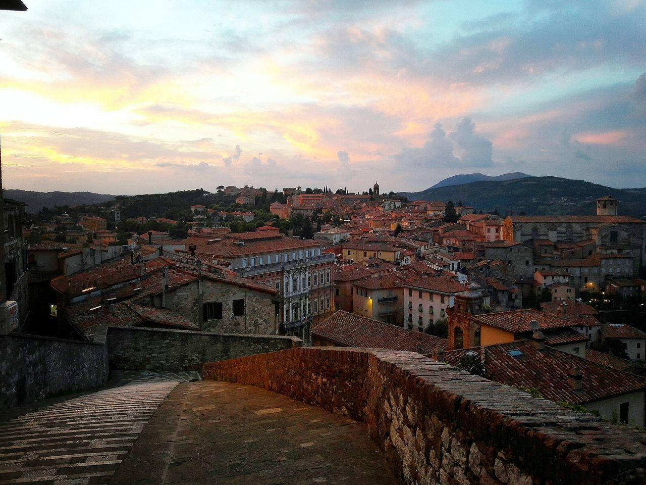 Golden Hour ⏳ Perugia Umbria Italia Italy Sunset Tramonto