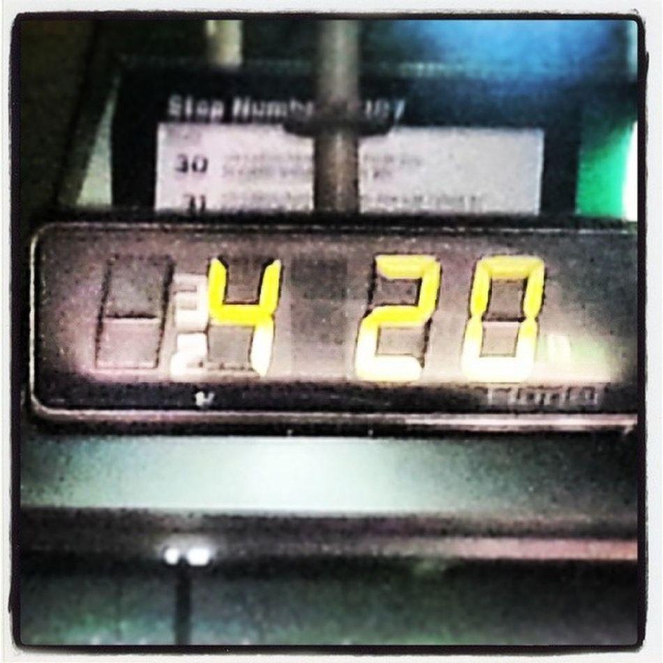 And sadly im waiting for the bus... 420 Itsalways420 WEEDLIFE Instaweed instagreen maryjane 420life iwishiwashome nearlythere busportboredom esplanadebusport