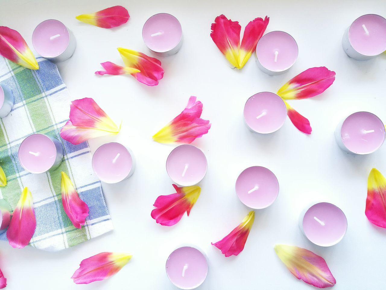 Millennial Pink Large Group Of Objects Flower Close-up No People Petals🌸 Aromatic Candle Pinkcolor Freshness Morning Light Natural Fresh Mood Positive Indoors  Home Background Composition Pink Color Stillife