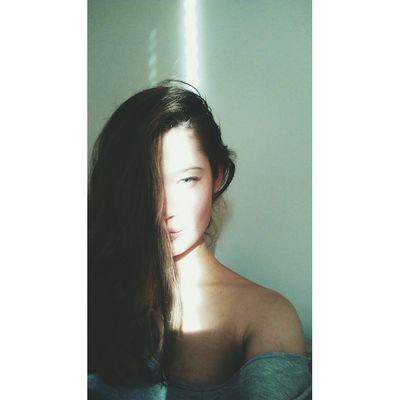 Girl Polishgirl Light Grey Sun