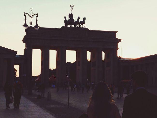 Branderburgertor berlin mit meine liebling Berlin Travelling Happy