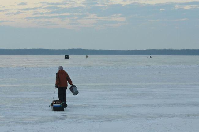Fishing Winter Frozen Pennsylvania Pymatuning Ice Fishing