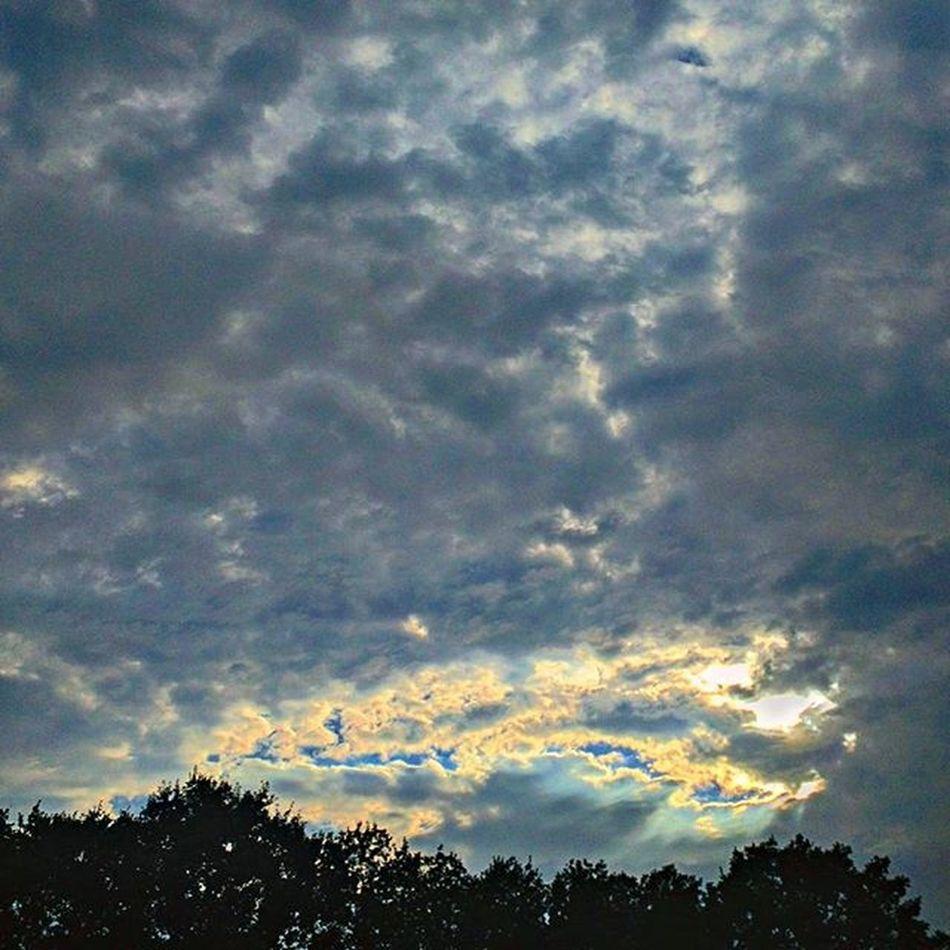 Langweer Campingblaauw Friesland Clouds wolken
