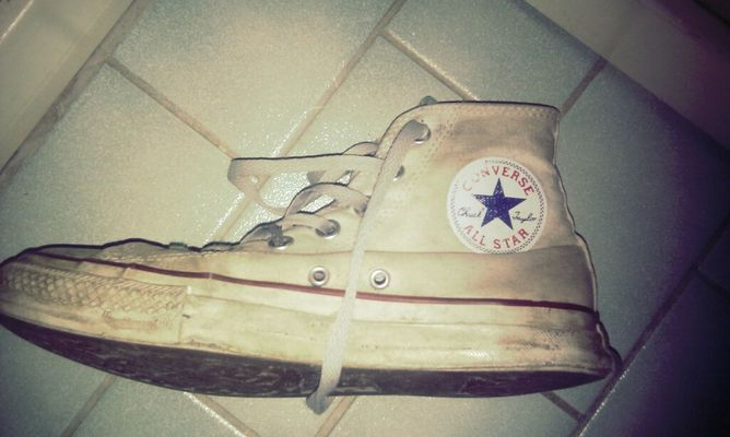 Converse at home by Matilda