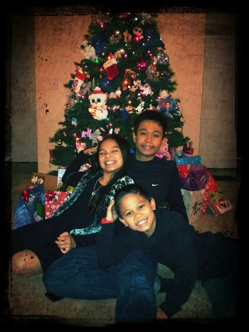 Merry Christmas family & friends.. Love, Jayzen Jaylie & Jaycob