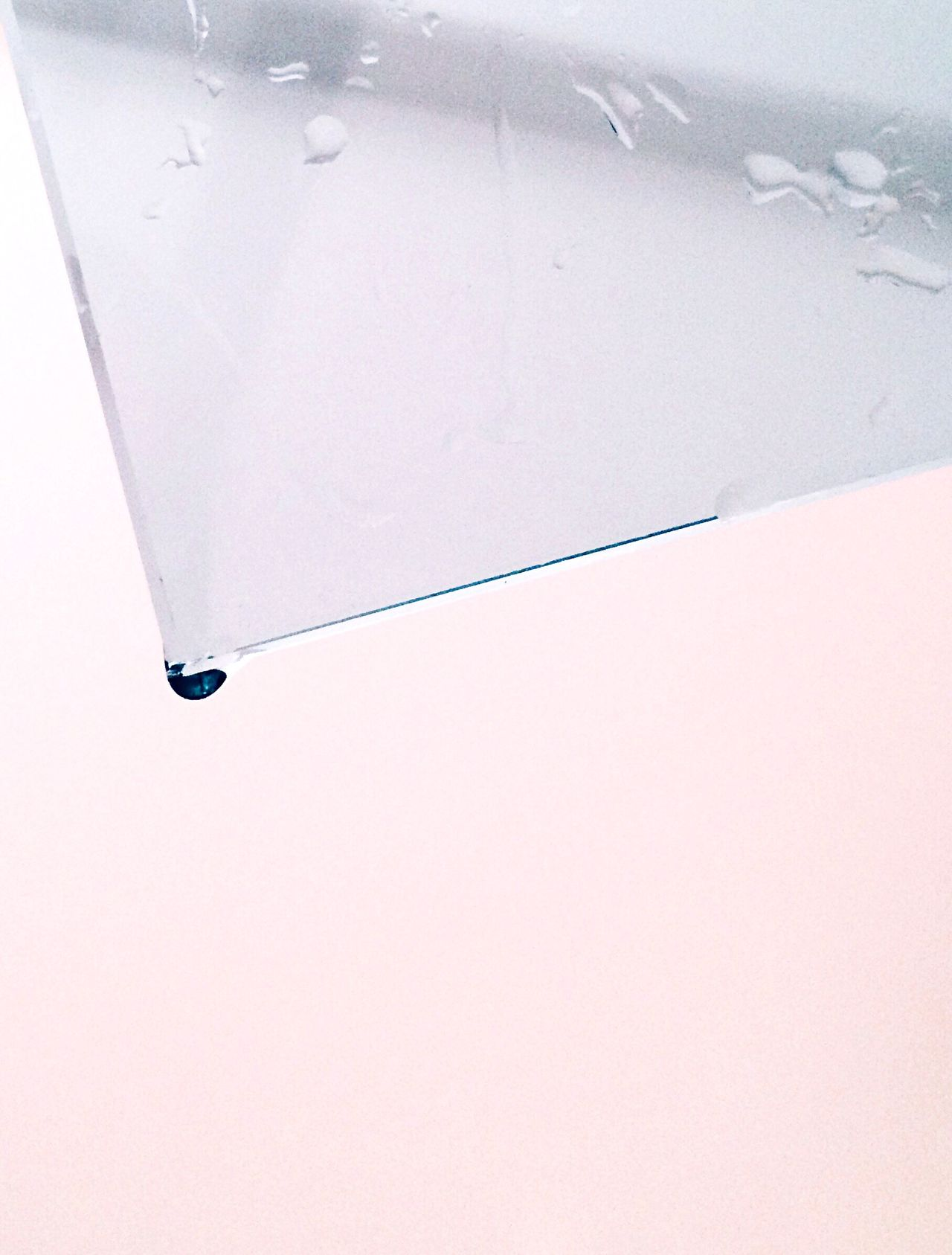 Beautiful stock photos of glass, At The Edge Of, Copy Space, Day, Drop