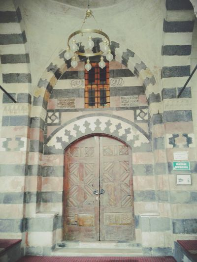 Mosque ,gaziantep, Turkey Nostalgia Islamic Architecture Ancient Architecture Mosque Islamic Design Islam Islamic Art The Architect - 2016 EyeEm Awards History Old Buildings Old Architecture Old Light Bulbs Mosque Turkey Ancient Roof Cupola Dome Gate Door Mosques Of The World Gaziantep Turkey Arch