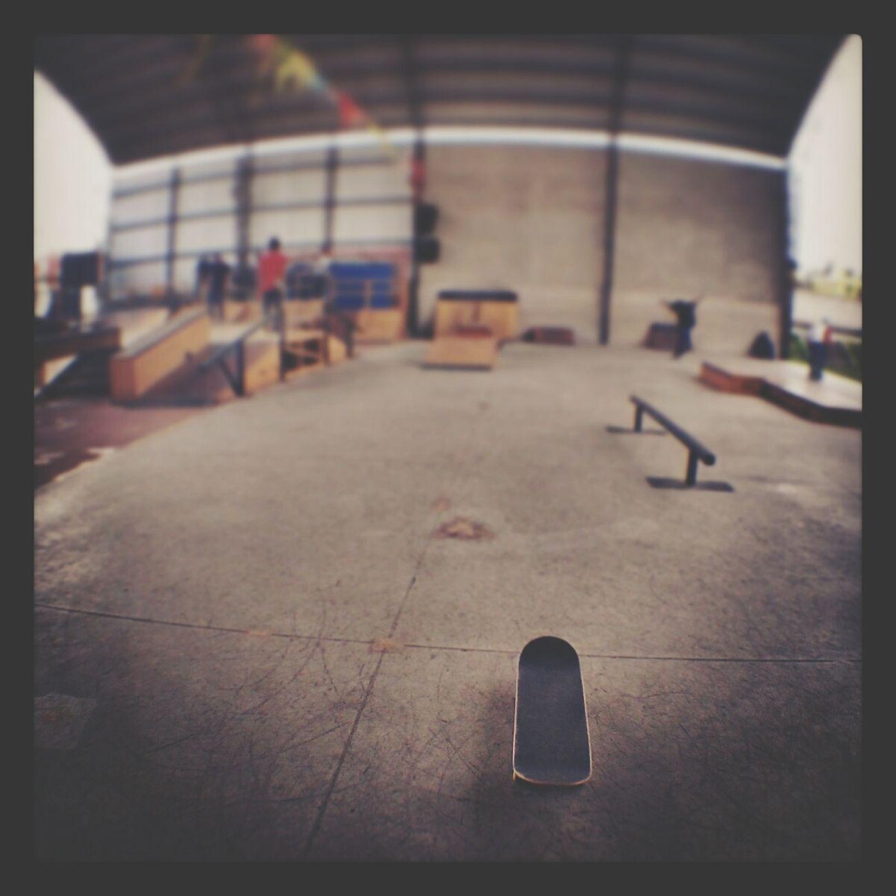 Simplemente el mejor lugar de Quito Larocaskatechurch Skatepark Skateboarding