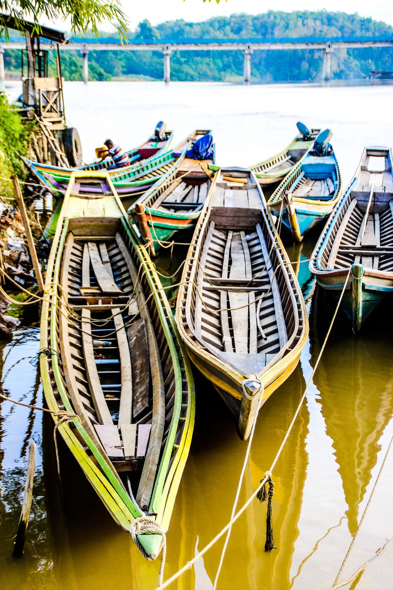 The Dock Of TEMPEK Boat Malephotographerofthemonth Global Photographer Works Exhibition Global Photographers Alliance Riverside Photography Sumateta Barat Minangkabau Rancak