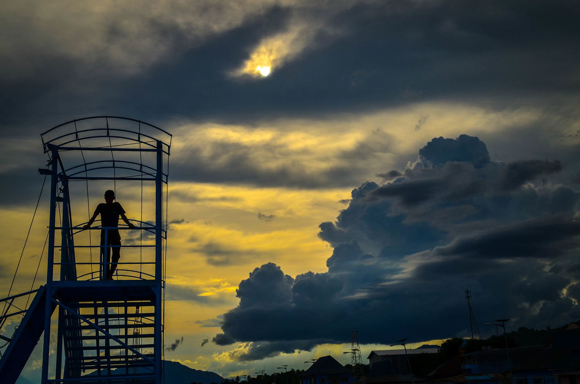 Nature Lover Street Sunset Nature Photography Silhouettes Nature_collection Street Photography Florestimur Larantuka Adults Only Transportation StillLifePhotography Landscape_Collection Nature Indonesia Photography