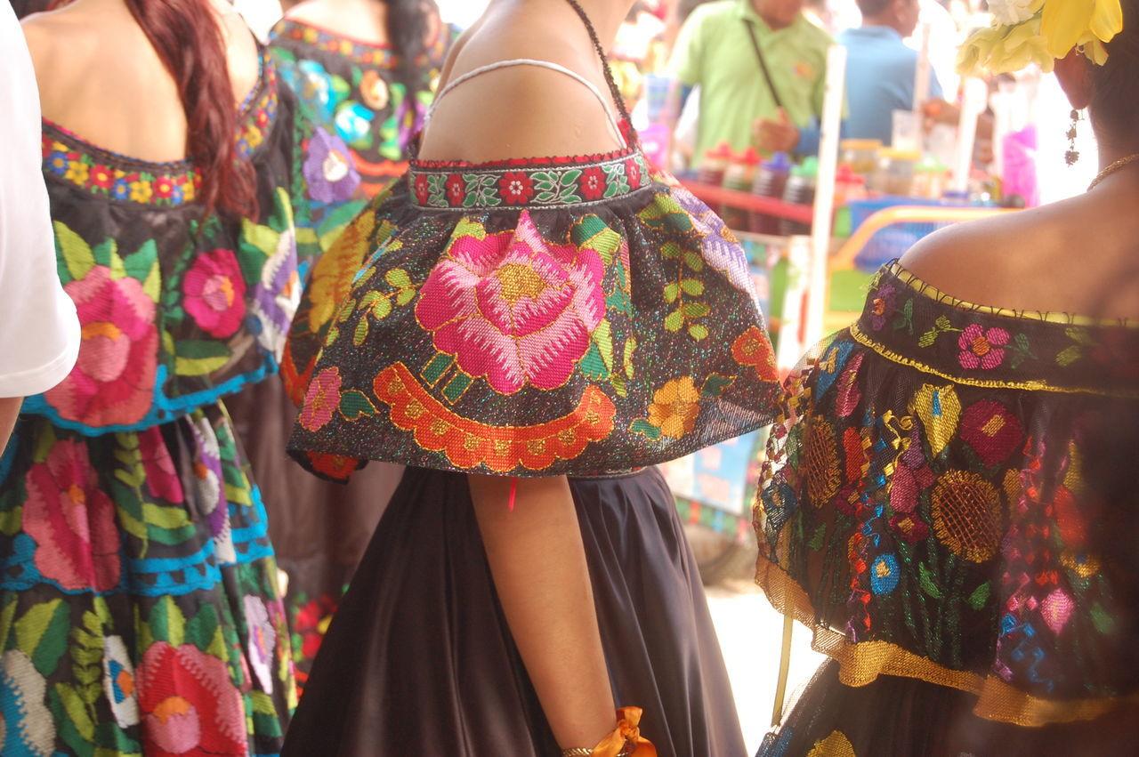Chiapaneca Chiapas, México DevocionyFe Ethnics Fiesta Handmade Mexico De Mis Amores Multi Colored People Traditional Clothing