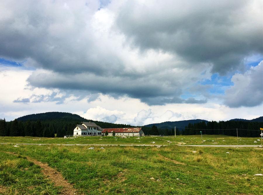 Pomeriggio minaccioso Beauty In Nature Cloud - Sky Landscape Malga Nuvole Outdoors Paesaggi Paesaggioitaliano Paesaggiostupendo☀ Piana Di Marcesina Pratoverde