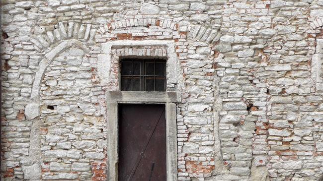 Built Structure Czech Republic Urban Details Historical Building Historical Architecture Stone House White Wall Doors