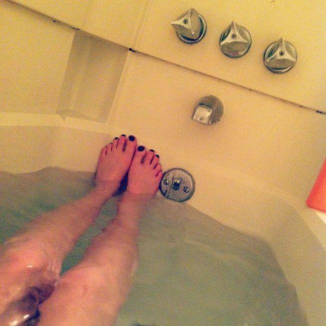 Bath time. Suckyday Relaxin Prayingforamoodchanger
