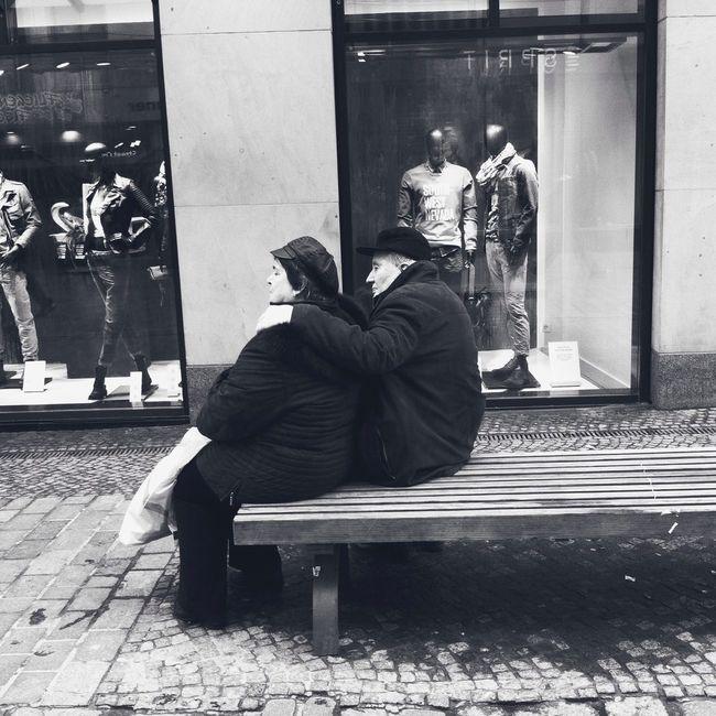 Tender moment Street Photography Rostock Square Tenderness