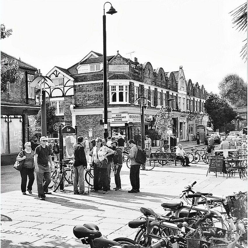 Kew Favourite Place Tourists London Eye4black&white