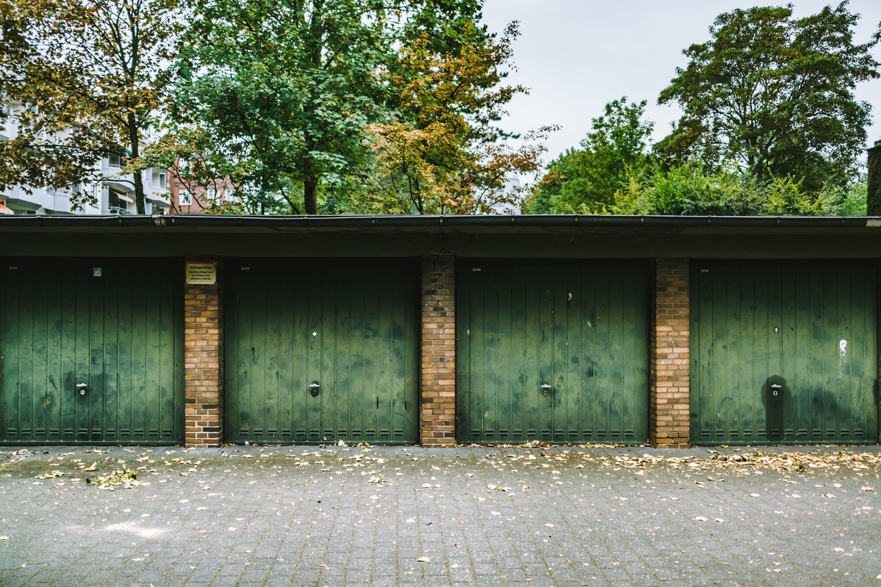Backyard garages Berlin Berlin Photography Day Garage Garage Door Green No People Repetition