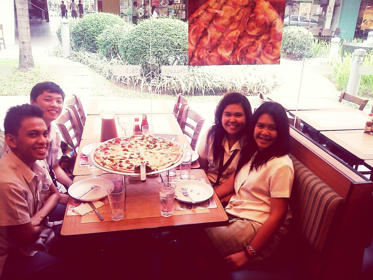 Pizza Time At Shakey's♥ Pizza Hanging Out
