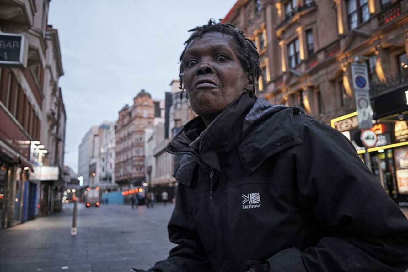 Street Portrait Looking At Camera One Person Outdoors Documentary Photography Streetphotography Fitzrovialitter Street Photography London Streets Streetphoto LONDON❤ Standing Streetdreamsmag Twilight Early Morning City Street Fujifilm Street Photo Woman Face Eyes Scary Face Urban Urban Life