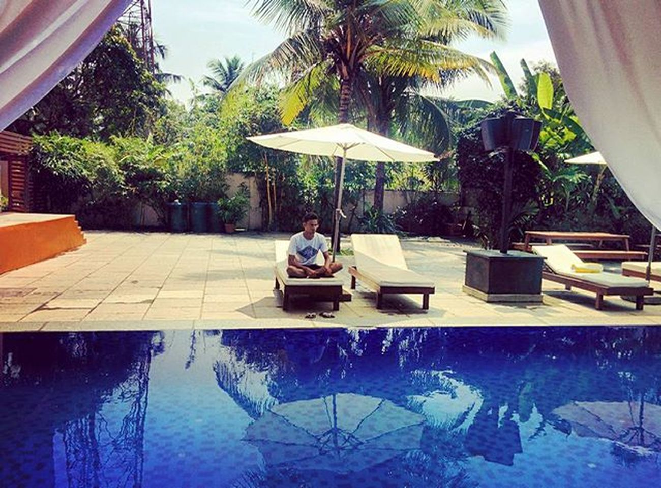 Beautiful swimming pool side view at SinQ Party Resort, Goa Swimmingpool Swim Goa Hotel Blue Clean Water Bluewater Goahotel Tour Travel Vacation Enjoy GOGOA Happiness Instagood Instalike Fun Instalove Goacitybeach City Beach