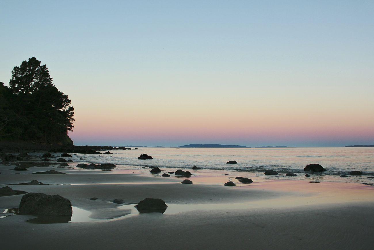 Sunset on the Corumandel Peninsula, New Zealand 🍃. Life Is A Beach Ocean View EyeEm Nature Lover Landscape_photography Landscape Oceanside Sunset Beautifulplace