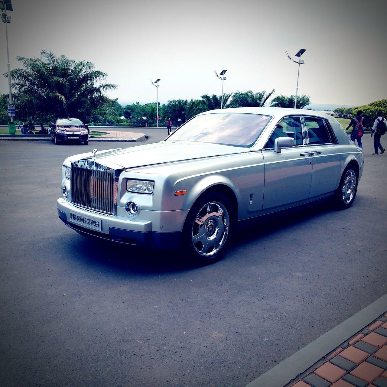 Rolls royce Car Outdoors Luxury Palace On Wheels Speedometer