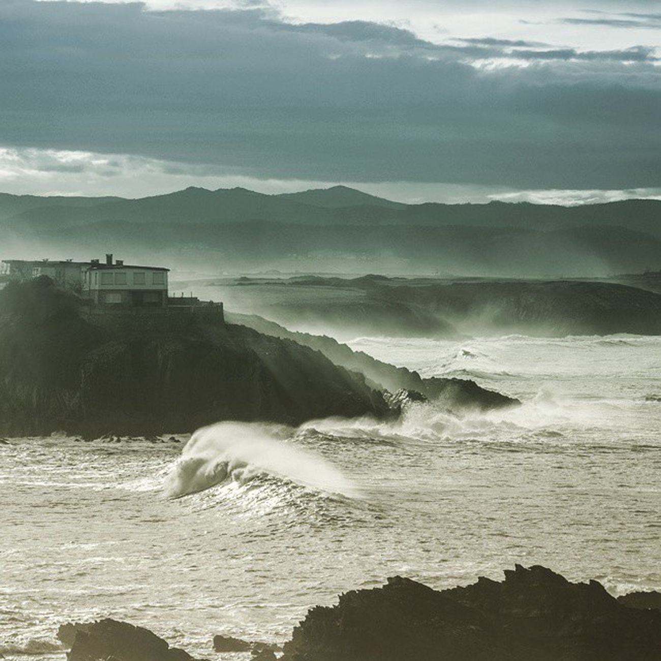 Ola Wave Tapia Tapiadecasariego Asturias Mar Cantábrico Reburdia Verano Summer Sun Sunny Sea Sky Surf