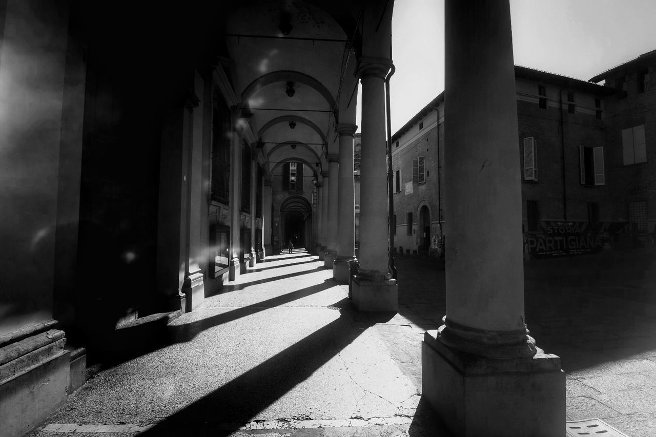 architectural column, architecture, built structure, corridor, the way forward, sunlight, history, shadow, no people, day, indoors