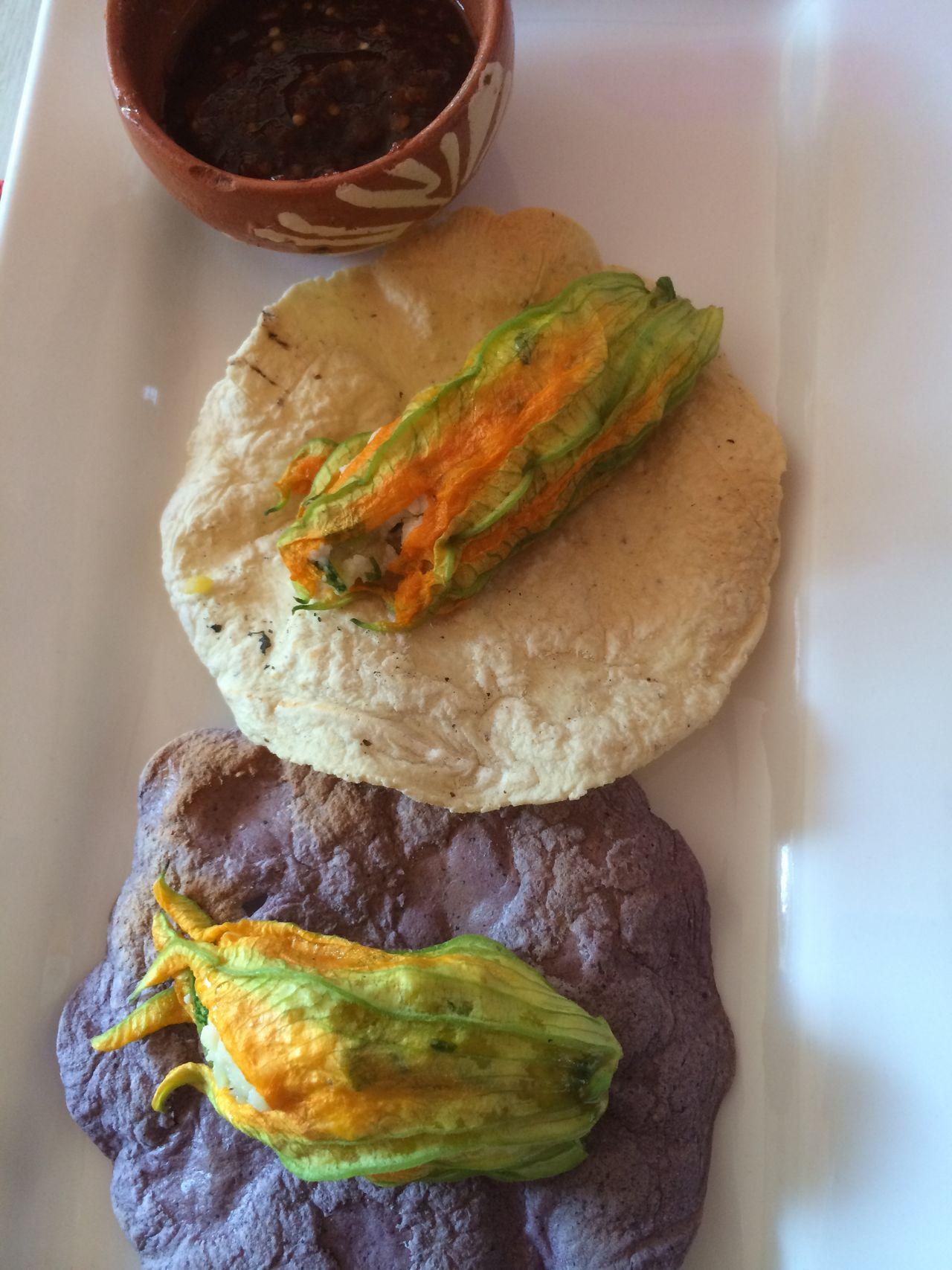 RePicture Travel Flor de Calabaza tacos