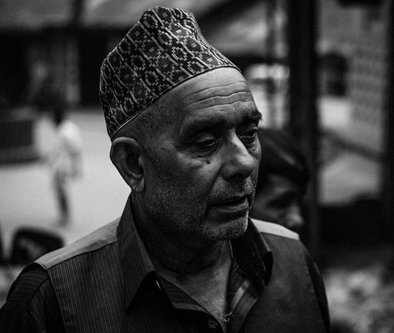Portrait of a local man at morning market, Darjeeling . . . Streetportrait Portrait Jj_streetphotography Moodygrams Highcontrast Foto_blackwhite Amateurs_bnw Bnw_planet Bnw_rose Bnw Travel Travelingram Natgeotravel Lonelyplanetindia Ig_india Ig_bengals OnlyinIndia IndiaLove Natgeo Betterphotography Onlyinbengal Indiaphotoproject _oye _soi Indiastreet indiaig