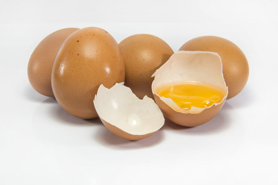 Beautiful stock photos of hühner, Broken, Brown, Close-Up, Egg