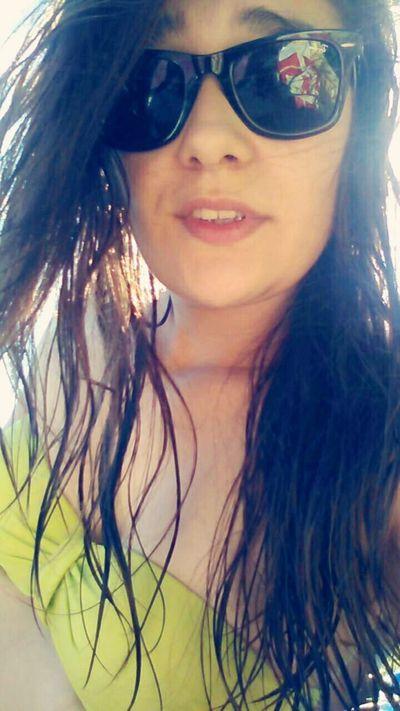 Relaxing River Tumblrgirl Sunnglases Girl Rayban Wayfarer