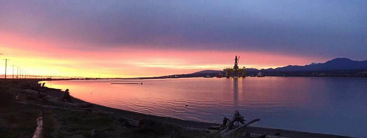 port angeles Washington State Ediz Hook Oilrig