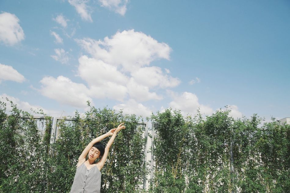 Beautiful stock photos of yoga, 25-29 Years, Arms Raised, Asian And Indian Ethnicities, Day