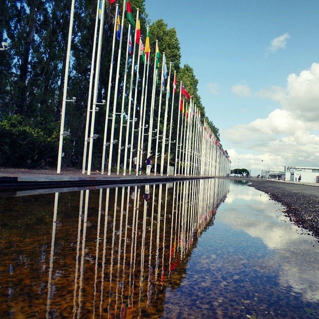 reflexo das nações reflection of nations Reflexos  Nacoes Bandeiras Espelho Reflections Nations Mirror Lisboa Lisbon Lisbonforever Agora Now