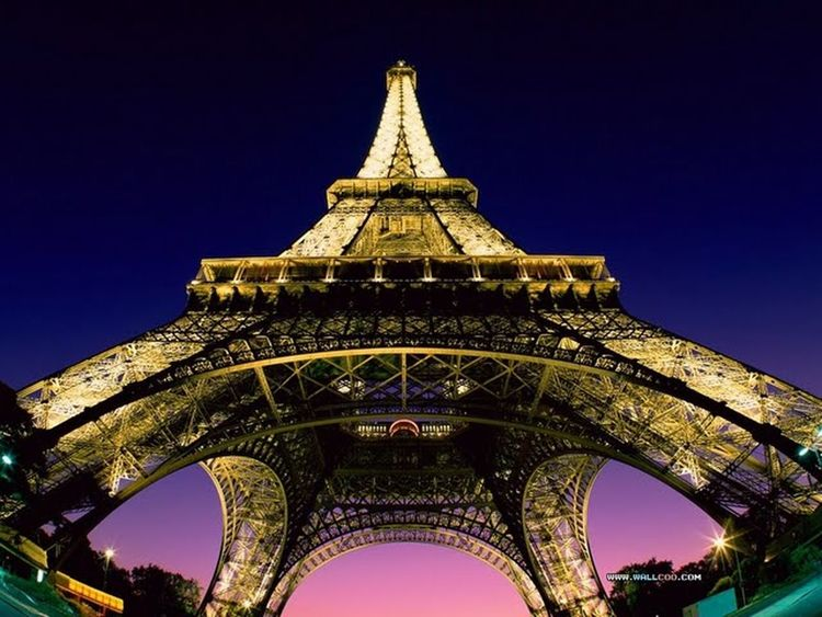 Today pic is paris lights...amazing. Follow me. Photoshots