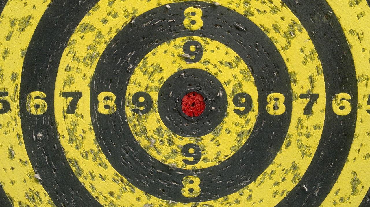 Bersaglio Black Center Centro Giallo Giallo E Nero Nero Numbers Numeri Red Rosso Target Tiro Con L'arco Yellow Pattern Pieces Pattern, Texture, Shape And Form Pattern Maximum Closeness
