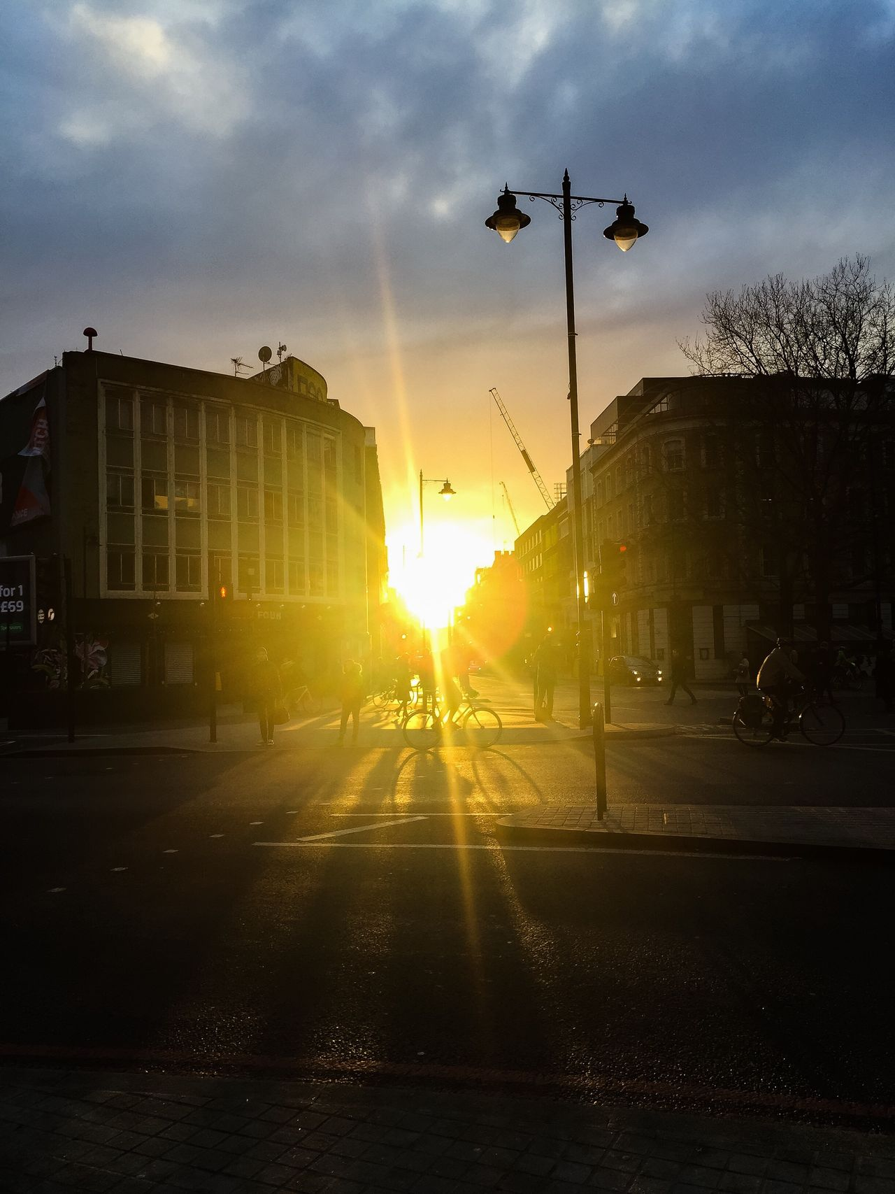 Sunlight Lens Flare Sunbeam Silhouette Transportation City Sunrise Shoreditch Shoreditch, London LONDON❤ Henge  The City Light On The Way To Work IPhoneography