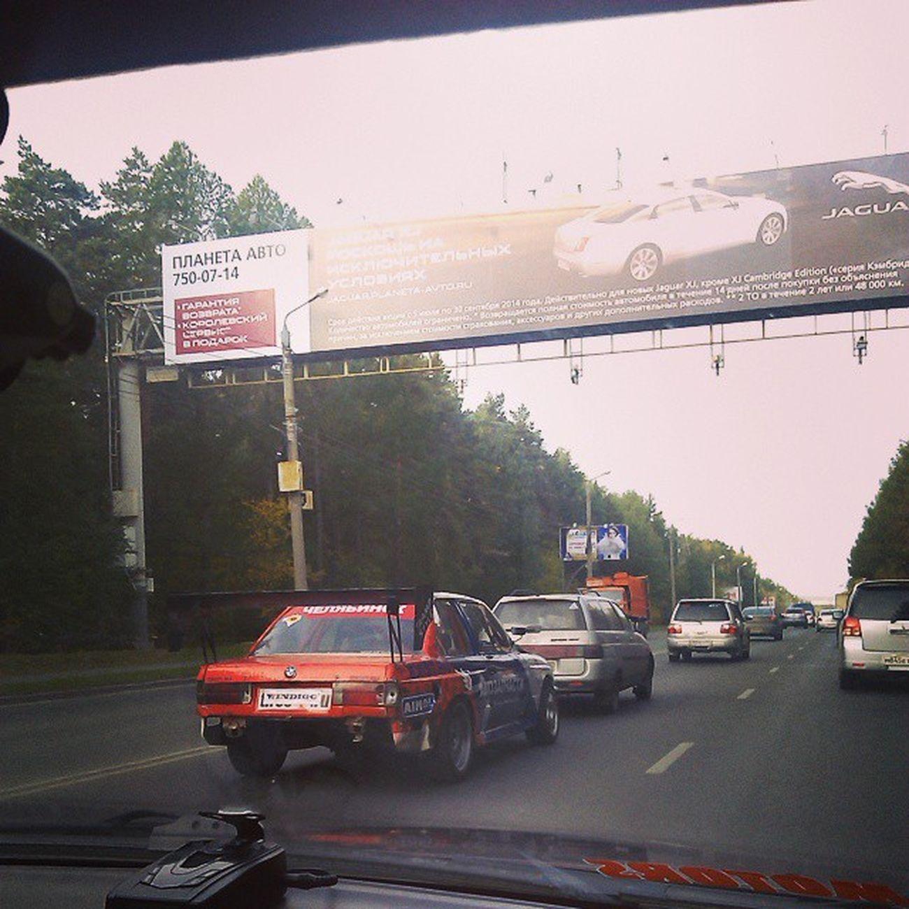 По пути на трассу - встретили BMW Сергея Кайгородова Uld Rda