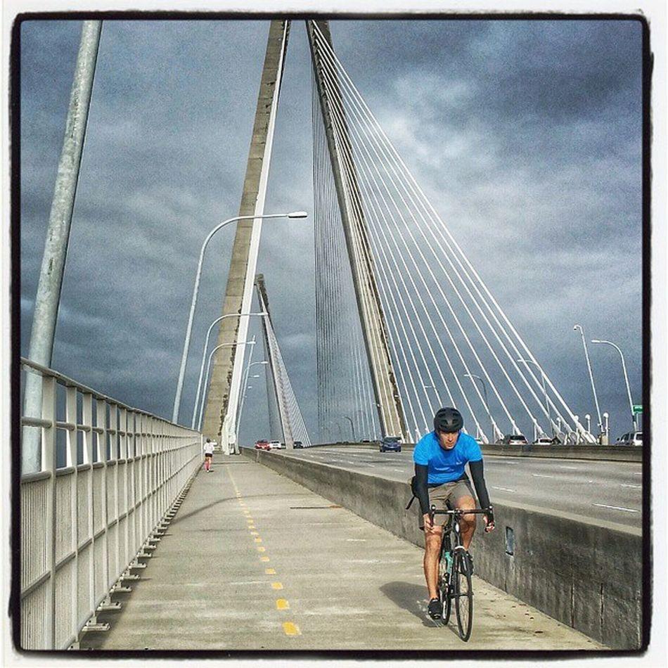 Random shot... Cycling Cooperriverbridge Bike Biking Fitness Charleston Charlestonsc Southcarolina Cyclingpics Cyclinglife Trek Strava Giant
