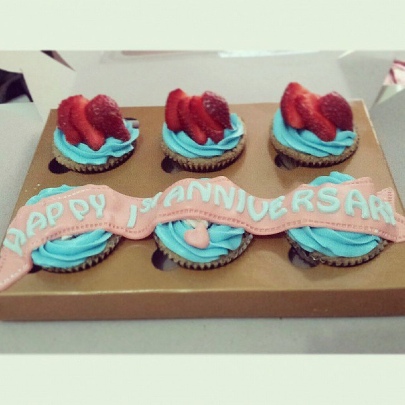 Happy 1st anniv Deasy n his boy ツ. Babiefabulouscakes BFC Ccupcakesdaily Homebaked sweetcakes strawberry likeforlikes ig potd anniversary