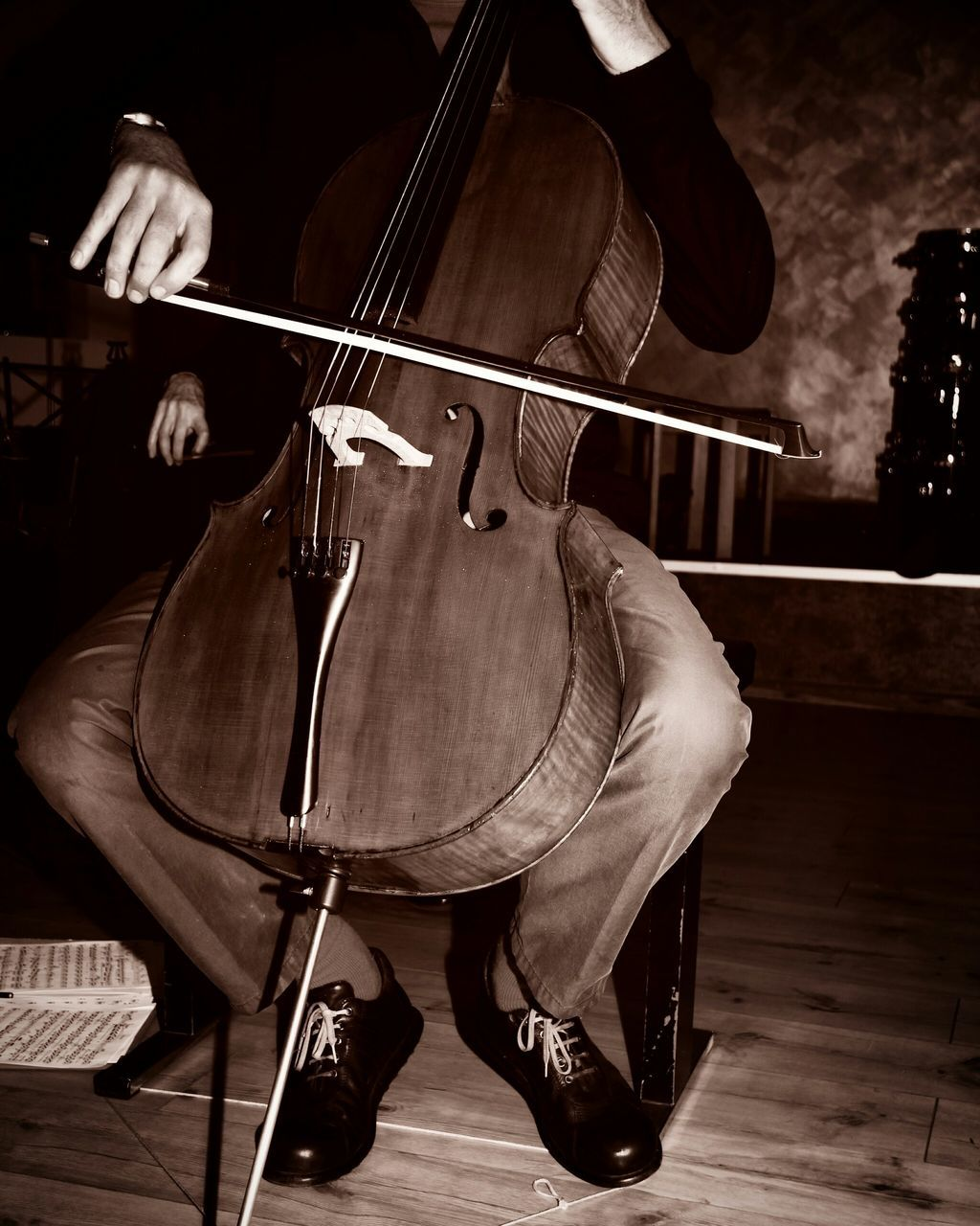 music, musician, musical instrument, playing, arts culture and entertainment, performance, real people, musical instrument string, cello, one person, men, event, classical music, indoors, skill, day, people